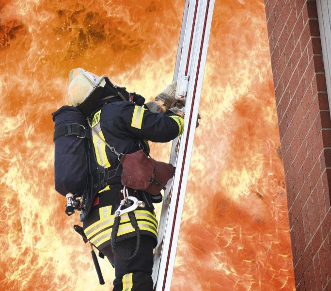 Пожароустойчиви и димозащитни врати
